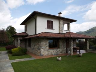 Gorgeous Villa 15 min from Como Lake - Maccagno vacation rentals