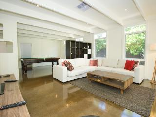 Nice 4 bedroom Blairgowrie House with A/C - Blairgowrie vacation rentals