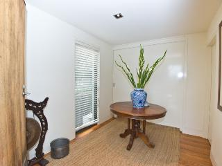 Comfortable 2 bedroom Condo in Portsea - Portsea vacation rentals