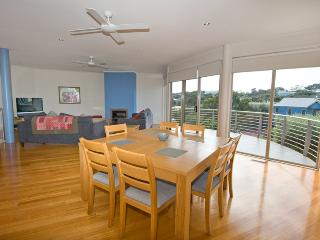 Spacious 4 bedroom Sorrento House with A/C - Sorrento vacation rentals