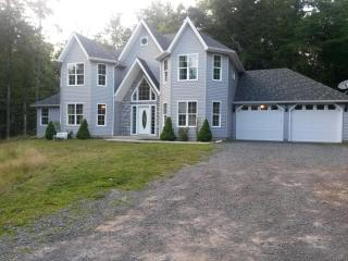 5 Bedroom Spacious French Manor - Long Pond vacation rentals