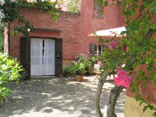Appartamento in agriturismo con piscina - Macerata vacation rentals