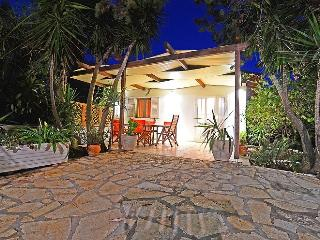Villa Victoria Beach House - Alykes vacation rentals