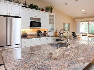 Nice Villa with Deck and A/C - Hilton Head vacation rentals