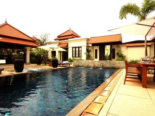 Villa Rouge- Luxury 4 (+1) Bedroom Villa in Laguna - Cherngtalay vacation rentals
