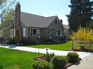Cozy Condo with Internet Access and Satellite Or Cable TV - Missoula vacation rentals