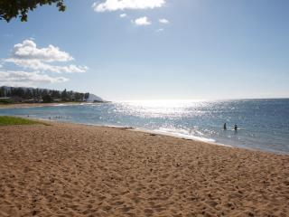 Steps to the Beach! - Haleiwa vacation rentals