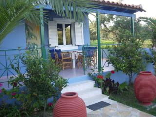 2 bedroom House with Internet Access in Kiparissia - Kiparissia vacation rentals