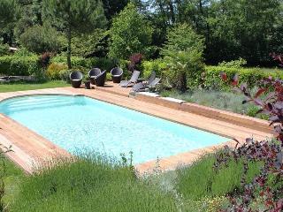 """Gîte """"La maison de la pimpine"""" - Lignan-De-Bordeaux vacation rentals"""