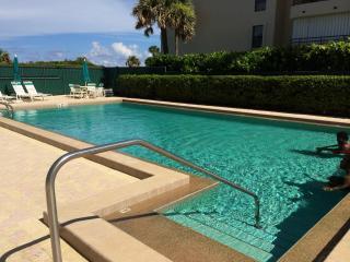 Ocean Front Juno Beach 2 Bedroom Condo Florida - Juno Beach vacation rentals