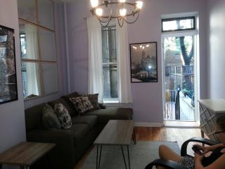Nestled between Lincoln Center and Central Park - New York City vacation rentals