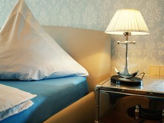 Comfortable 1 bedroom Vacation Rental in Saint Petersburg - Saint Petersburg vacation rentals
