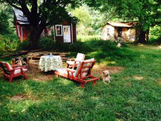 Guesthouse at 30s Bungalow Colony with 5.5 acres - Kerhonkson vacation rentals