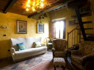 Adorable 1 bedroom Apartment in Scandicci with Internet Access - Scandicci vacation rentals