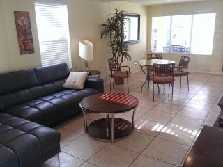 Fabulous duplex near the beach& boast a large pool - South Padre Island vacation rentals