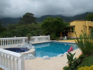 Finca San Felipe Lago Calima - Calima vacation rentals
