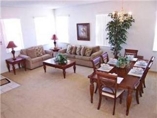Beautiful 5 Bedroom 4 Bathroom Pool Home In Winwood Bay - Orlando vacation rentals