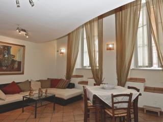 Trastevere duplex - Rome vacation rentals