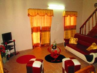 Nice 2 bedroom House in Yaounde - Yaounde vacation rentals