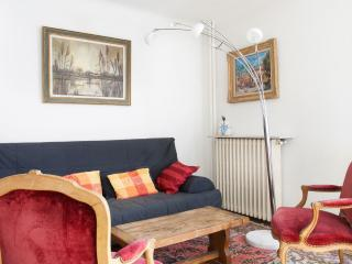 Traditional+functional 1BR near Gare de Lyon P12 - Paris vacation rentals