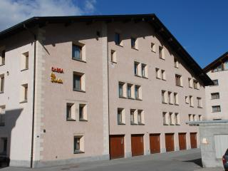 Sunny Condo with Internet Access and Central Heating - Pontresina vacation rentals