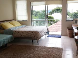 5min to BTS, Bright Studio in Thonglor! Large Pool - Bangkok vacation rentals