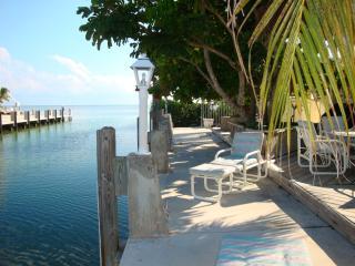 La Casita Charming 2 Bedroom Canal Front  (Ocean) - Marathon vacation rentals