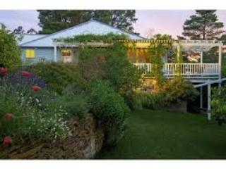 La Maison Bleue Leura - huge flat - Blue Mountains vacation rentals