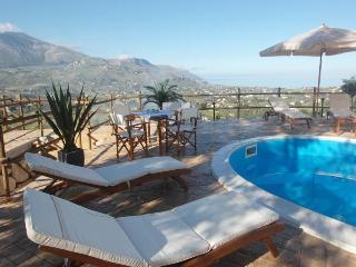 Villa Chiara a Scopello con piscina - Castellammare del Golfo vacation rentals