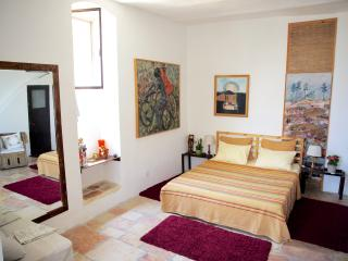 Charming Suite -best location in Yemin Moshe - Israel vacation rentals