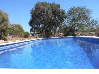 Country cottage from 18th century, completely refurbished with pool, with apartment. - Llucmajor vacation rentals