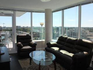 New 2BD/2BA Apt Near Richmond Olympic Oval - Richmond vacation rentals