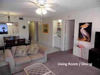 Reef Club - Sprial Stair to Beach/Pool !!!! - Indian Rocks Beach vacation rentals