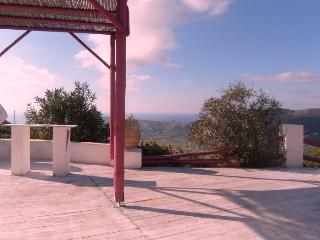 Andros - Haus  Aphroditi - in Traumlage - Gavrio vacation rentals