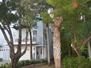 North Beach Village, unit 59  - Great Townhouse! - Holmes Beach vacation rentals