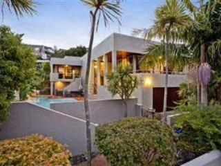 STUNNINGwith POOLS by NORTH SHORE BEACHES AUCKLAND - North Shore City vacation rentals