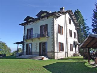 Stresa prestigious period villa on the hill - Lesa vacation rentals