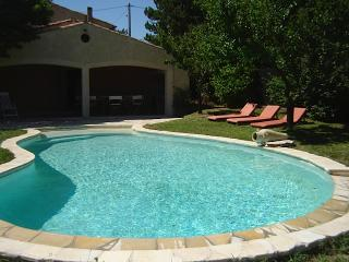 Villa 'Soleil' with swimming pool in the Luberon! - Alpes de Haute-Provence vacation rentals