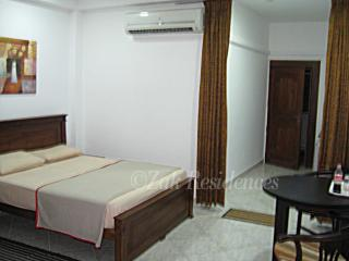 ZakResidencesStudioApartmentwithTerrace,Colombo2. - Colombo vacation rentals