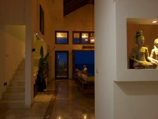 Spacious Villa with Internet Access and A/C - Singaraja vacation rentals
