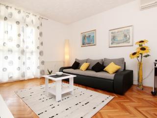 Apartment Kadena**** Split / Diocletian's pal - Split vacation rentals
