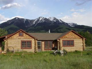 Paradise Valley Cabin  with hot tub - Pray vacation rentals