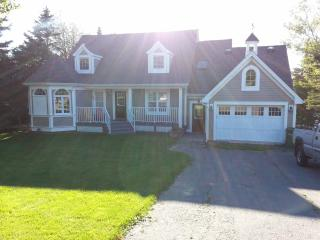 Waterfront 4 Bedroom Furnished Executive Home - Halifax vacation rentals