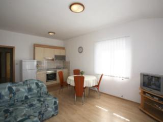 Nice 2 bedroom House in Punat - Punat vacation rentals