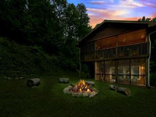 Kimmys Korner - Sapphire vacation rentals