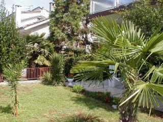 Bright 2 bedroom Vacation Rental in Malinska - Malinska vacation rentals