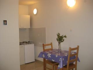 MOJCA(1305-3198) - Rogoznica vacation rentals