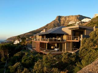 26 Sunset Avenue Llandudno, Sleeps 12 - Llandudno vacation rentals