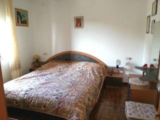Comfortable 2 bedroom Vacation Rental in Martinscica - Martinscica vacation rentals