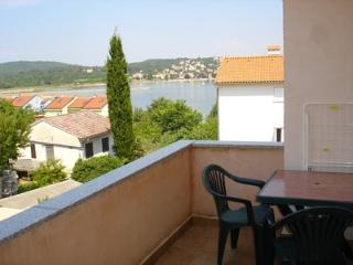 Nice 1 bedroom House in Soline - Soline vacation rentals